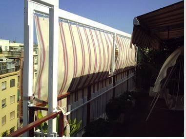 Toldos cortina con carril de aluminio